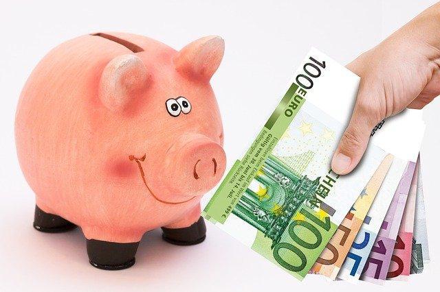 Geld sparen mit Sparschwein